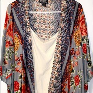 NWOT Kimono